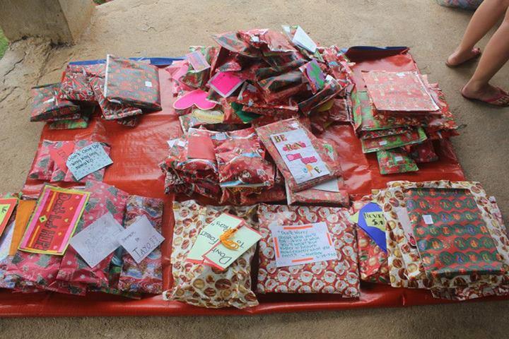 Christmas Presents For Typhoon Haiyan's Victims
