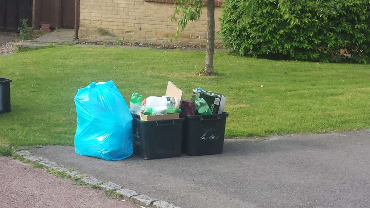 How to deal with 3-week bin collections